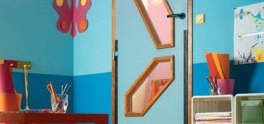Креативно обновить двери детской