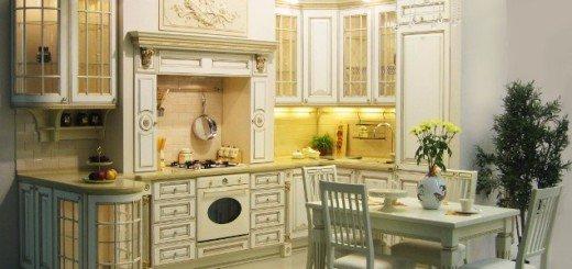 Дворцовый стиль маленькой кухни