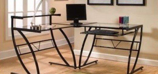 Стол для компьютера: металлический или деревянный