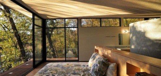 Спальня с балконом - удобство и привилегия