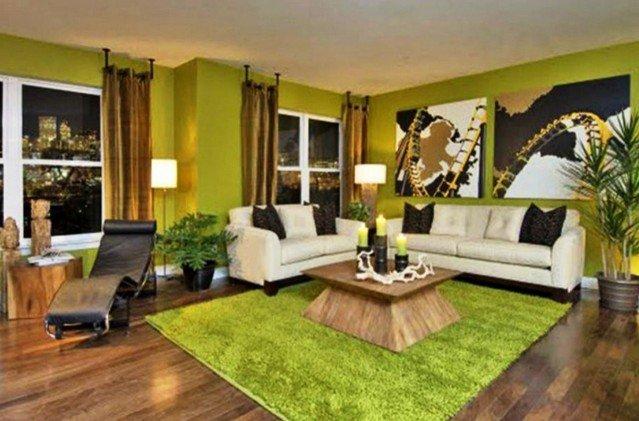 Зеленый меховой ковер