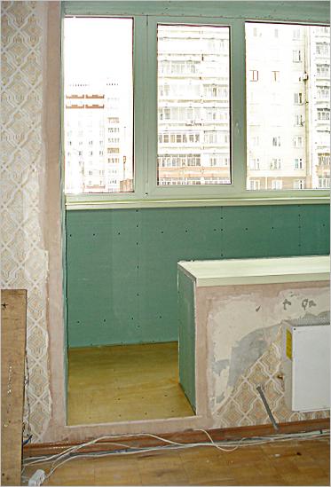 Как использовать балкон, и увеличить площадь в квартире.