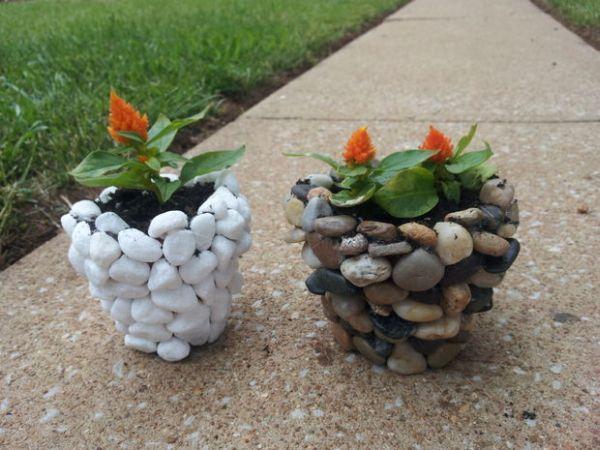 Поделки из камней -Горшки из речного камня