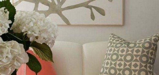 Дуэт, серый и коралловый цвет в интерьере