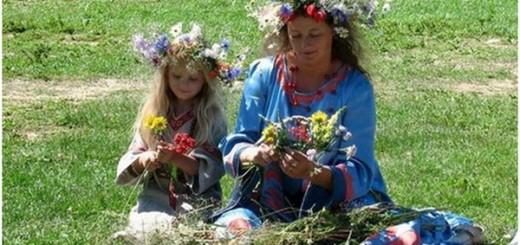 Цветы для украшения дома на  Троицу