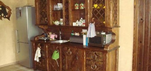 Кухонный буфет на маленькой кухне