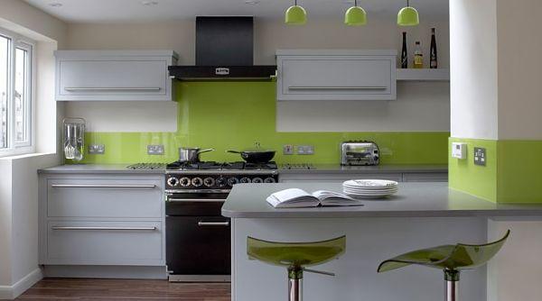Дизайн Кухни в Цвете лайм серый и белый