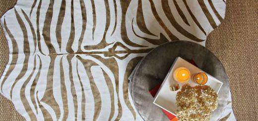 Коврик зебра с золотым эффектом