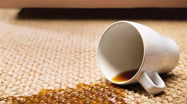 как вывести пятно с ковра  пятна от кофе чая