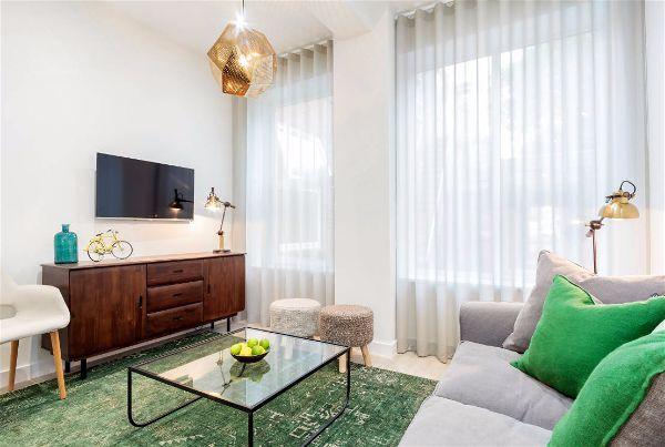Современная мебель для гостиной низкий комод