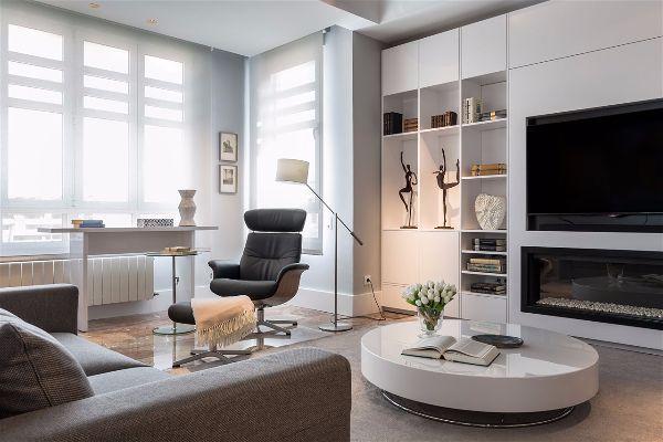 Зонирование гостиной комнаты  в которой есть домашний офис