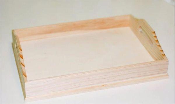 понадобится деревянный поднос