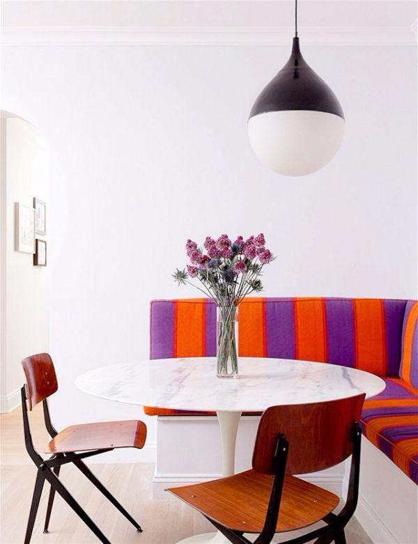 Декор Маленькой Комнаты. Увеличение количества мест при помощи банкеток и зоны отдыха
