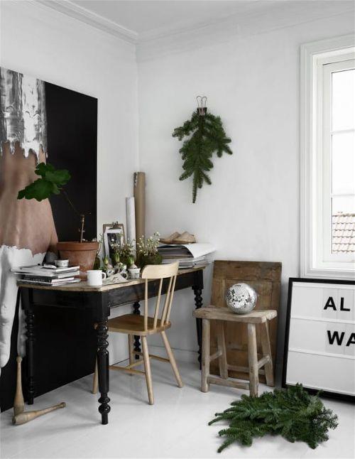 Интересные Новогодние идеи гирлянда на стене