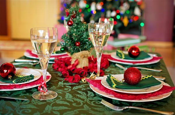 Новогодние пожелания на 2017 год и праздничный стол