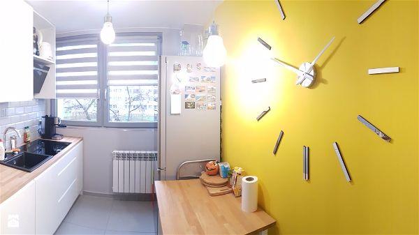 Быстрый ремонт изменение интерьера в квартире 42 кв метра часы на кухне
