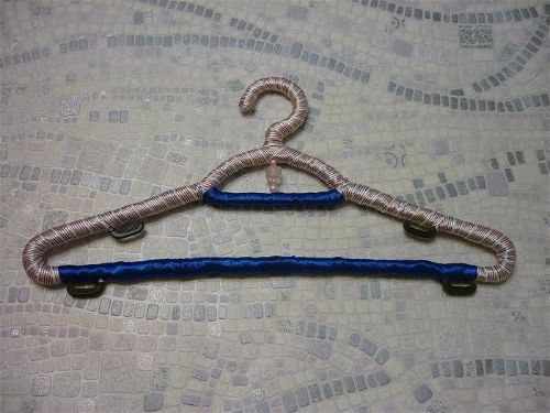 Как сделать дизайнерские вешалки для одежды фото 9