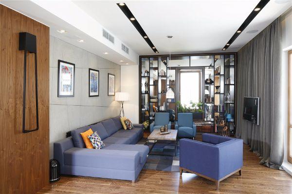 Восхитительно красивый синий цвет в гостино