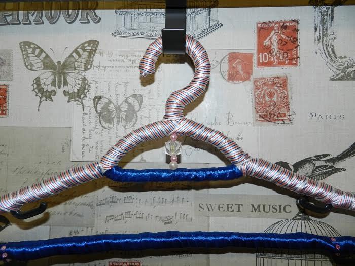 дизайнерские вешалки для одежды