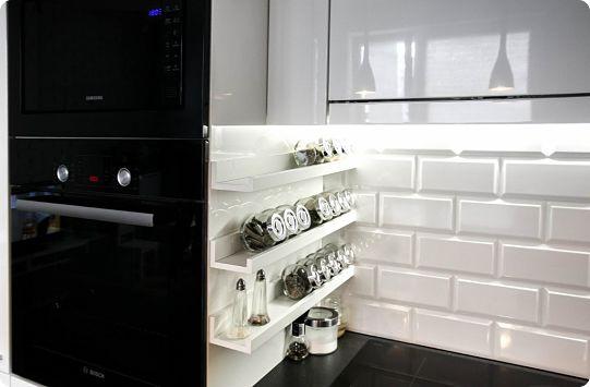 Организация хранения специй на кухне