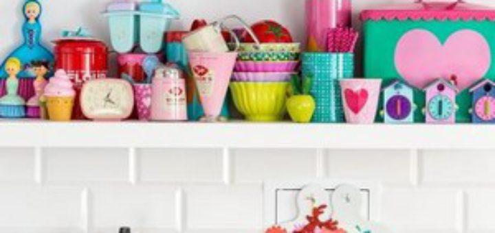 Новые цвета и кухня приобретает вторую молодость!