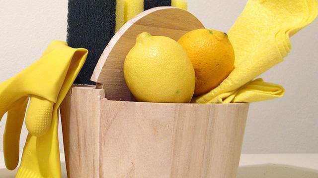 лимон помогает в уборке