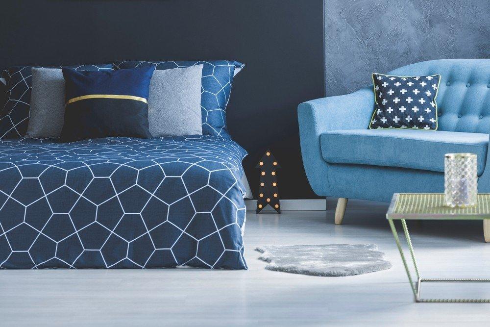 Голубой цвет комнаты