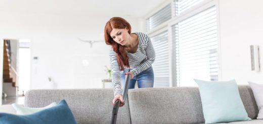 Как очистить диван от пятен и разводов