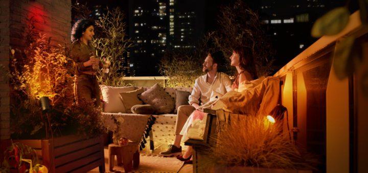 Позаботьтесь о особое настроение и наслаждайтесь летними вечерами в саду, полном света