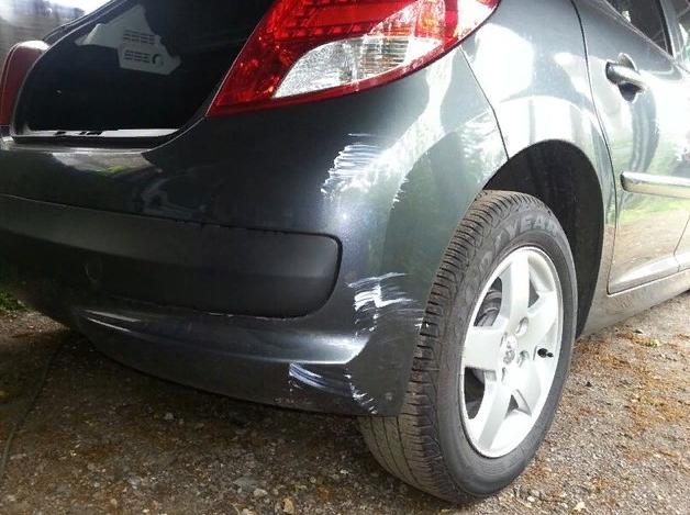 Сотрет царапины на автомобиле