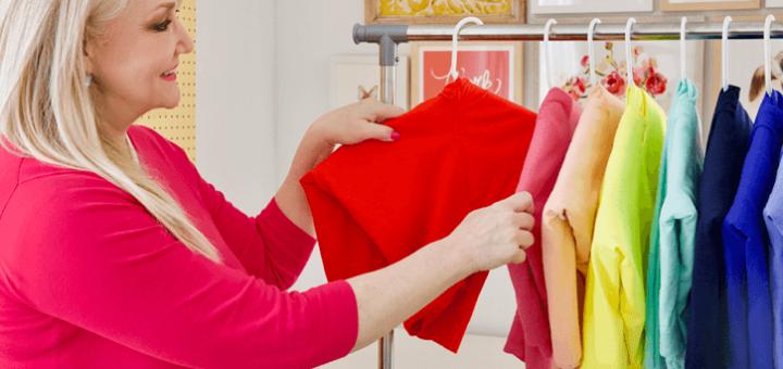 Hang-складывание свитеров